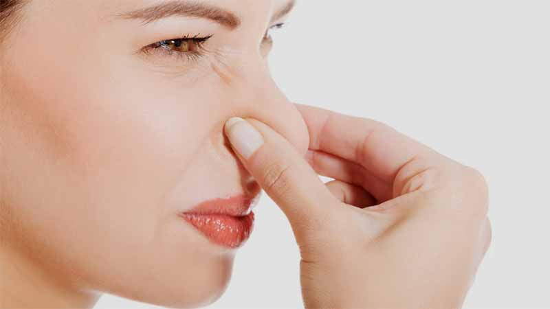 Выделения из влагалища с кислым запахом
