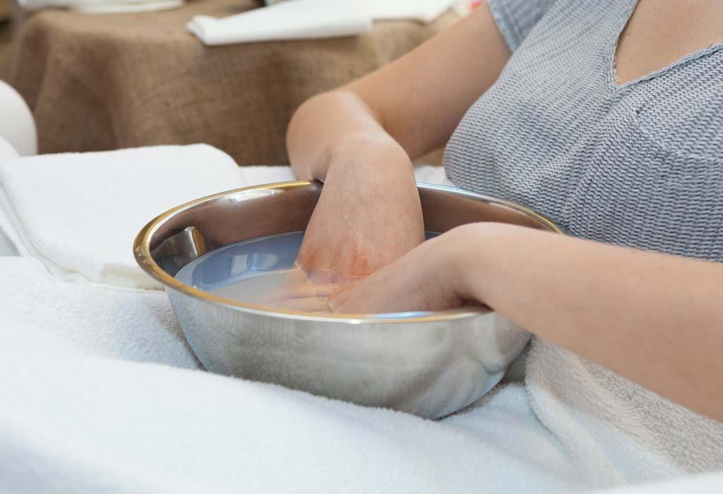 Как быстро смыть хну с кожи