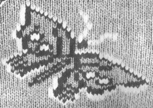 Рис. 1 Вышивка по трикотажу – бабочка